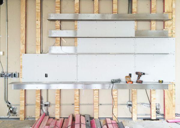 Construction: Shelving Detail
