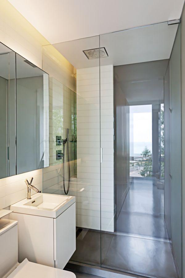 View Inside Bathroom © Bill Zbaren
