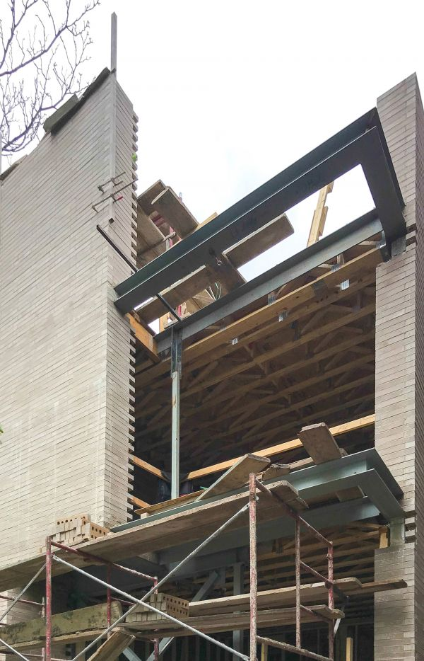 Construction: Topping out