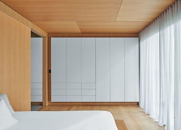 Master Bedroom © Mike Schwartz
