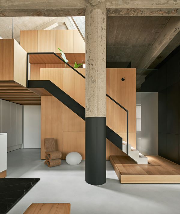 Stair Composition © Mike Schwartz